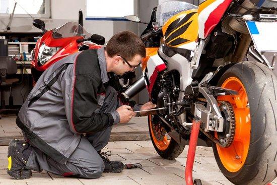 Faites des économies sur votre réparation moto !