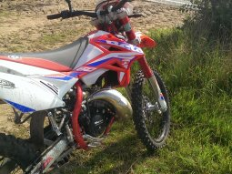 2014 Beta RR Enduro Factory 50 de Menduro
