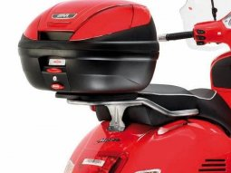 Support top case Givi Piaggio Vespa GTS 125-300 Super 08-14